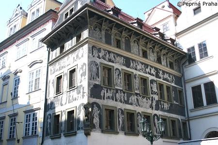 Dům U Minuty, Staroměstské náměstí, Franz Kafka, Perlička prasátka Pepříka