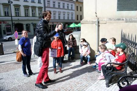 Kostel sv. Štěpána, Peprná procházka, děti a volný čas v Praze, Přijímáme podobojí, padejte!
