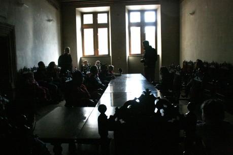 Novoměstská radnice, konšelský sál, Peprná procházka, děti a volný čas v Praze, Přijímáme podobojí, padejte!