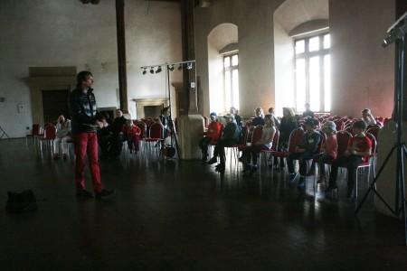 Novoměstská radnice, hlavní sál, Peprná procházka, děti a volný čas v Praze, Přijímáme podobojí, padejte!