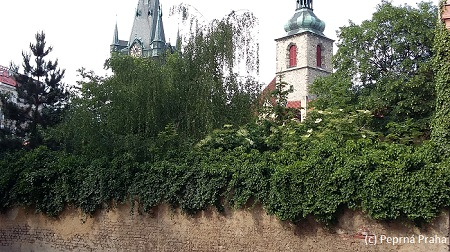 Růžová ulice, kostel sv. Jindřicha a sv. Kunhuty, Senovážné náměstí, Nové Město