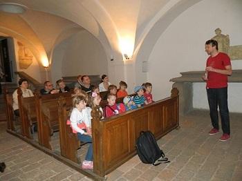 kostel sv. Františka z Assisi, Peprná procházka, procházky po Praze pro děti, volný čas s dětmi v Praze