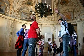 Audienční sál, Valdštejský palác, Peprná procházka, procházky po Praze pro děti, volný čas s dětmi v Praze